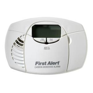 First Alert Battery Powered Carbon Monoxide Alarm with Digital Display CO410