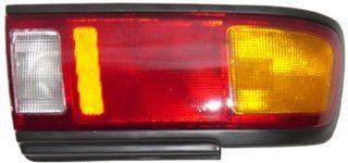 OE Replacement Nissan/Datsun Sentra Driver Side Taillight Assembly (Partslink Number NI2800106) Automotive