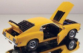 Franklin Mint 124 1970 Ford Mustang Boss 429 yellow Toys & Games