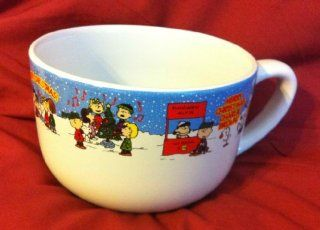 UFS Peanuts Snoopy, Merry Christmas Coffee Mug / Soup Bowl, Charlie Brown