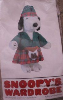 "Rare Peanuts Snoopy's Wardrobe for 11"" Plush Snoopy   Scottish Kilt Outfit Toys & Games"