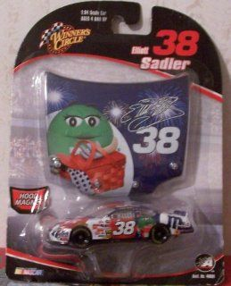 Elliott Sadler #38 Ford MMs July 2006 Daytona Paint Scheme Winners Circle 1/64 with 1/24 Scale Hood Toys & Games