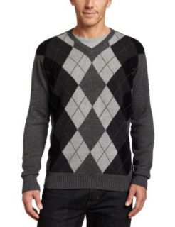 Van Heusen Mens Gradient Argyle V Neck Sweater, Carbon Heather, Medium at  Men�s Clothing store