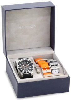 Men Nautica N19586G Stainless Steel Case Black Dial Rubber Strap Day and Date D Watches