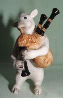 White SHEEP LAMB plays BAGPIPES n BAND MINIATURE New Porcelain Figurine KLIMA K671E   Collectible Figurines