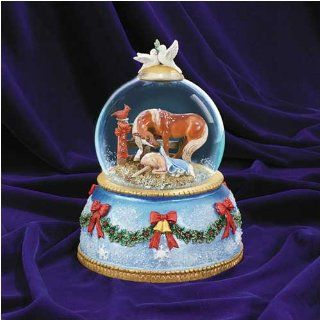 Breyer Horses 2006 Silent Night Musical Snow Globe Sports & Outdoors