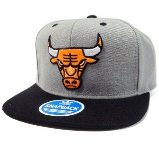 Chicago Bulls Adidas Gray and Neon Orange Snapback Hat  Sports Fan Baseball Caps  Sports & Outdoors