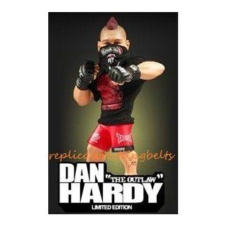 "DAN HARDY ROUND 5 SERIES 6 ""LIMITED EDITION"" UFC COLLECTORS FIGURE Toys & Games"