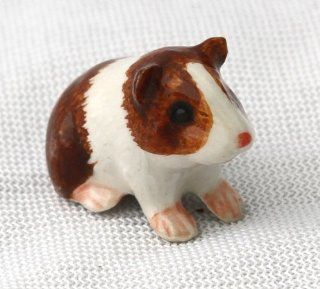 GUINEA PIG Brown/White Raises Up SUPER MINIATURE Porcelain NEW Figurine KLIMA X883G   Collectible Figurines
