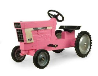 International 966 Pedal Tractor, Pink Toys & Games