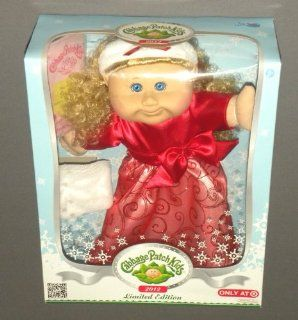 Cabbage Patch Kids Doll 2012 Limited Edition Holiday Blonde Hair Blue Eyes (Age 3 Years and Up) Toys & Games