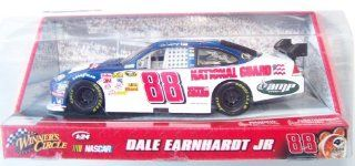 Dale Earnhardt Jr 124 Scale Diecast Blue Car 88 Amp National Guard Winner's Circle Nascar Toys & Games