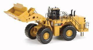 Caterpillar 993K Wheel Loader (150 scale) Toys & Games