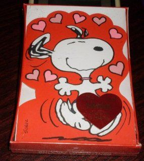 Vintage Peanuts Snoopy 12 Valentine Cards   Valentines Day Health & Personal Care