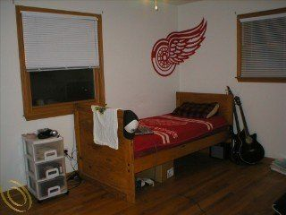 Red Wings Wall Decal Graphic Also used For Garage door or window   Home And Garden Products