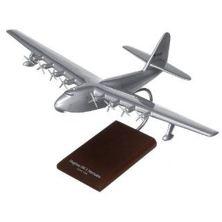 HK 1 Spruce Goose   1/200 scale model Toys & Games