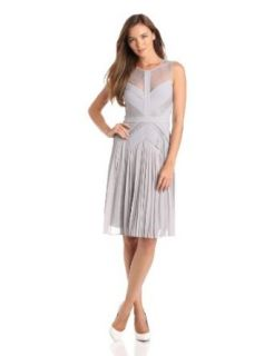BCBGMAXAZRIA Womens Raya Sleeveless Pleated Lace Dress, Glacier, 4
