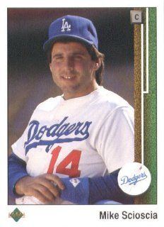 1989 Upper Deck # 116 Mike Scioscia Los Angeles Dodgers   MLB Baseball Trading Card Sports Collectibles