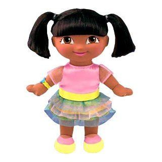 DORA EXPLORER Stylish Scents Looking Sweet Doll Toys & Games