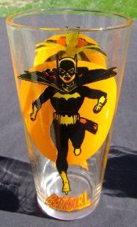 Batgirl Moon Glass Pepsi DC Comics Super Series Vintage 1976 Clean Bright Colors