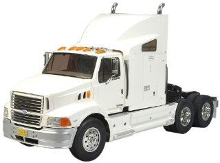 Tamiya 1/14 RC Ford Aeromax Semi Truck Kit Toys & Games