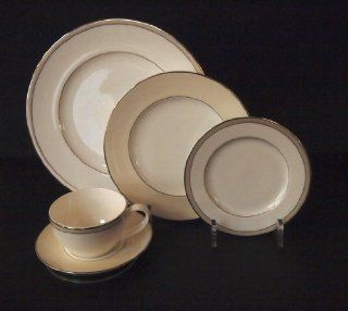 5 Piece Dinnerware / China / Place Setting Dish Display Stand (Item #685L)  Dishes Made In Usa