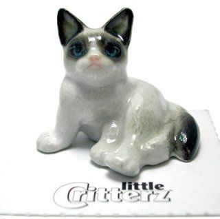 "Little Critterz ""Grumpy"" Cat   Collectible Figurines"