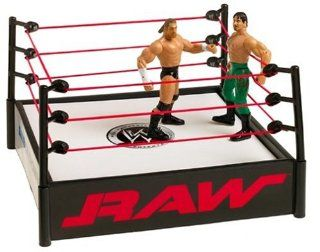 WWE Raw Stunt Action Ring with 2 Figures Toys & Games
