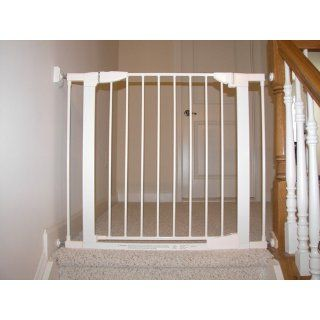 Munchkin Auto Close Metal Gate, White  Indoor Safety Gates  Baby