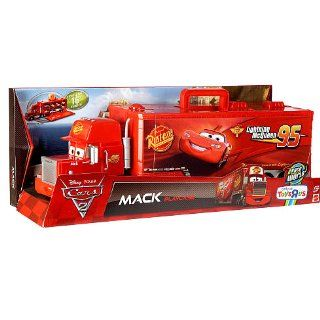 Disney / Pixar CARS 2 Movie Exclusive Carry Case Playset Mack Playcase Toys & Games