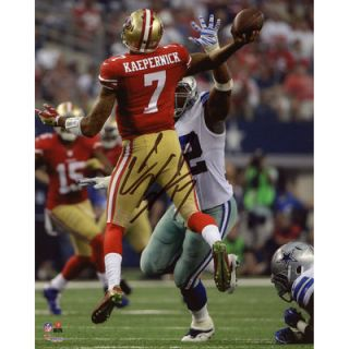 Colin Kaepernick San Francisco 49ers  Authentic Autographed 8 x 10 Jump Pass Throwing Photograph