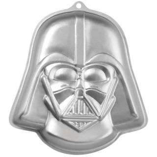 Star Wars Novelty Aluminum Cake Pan   15657835